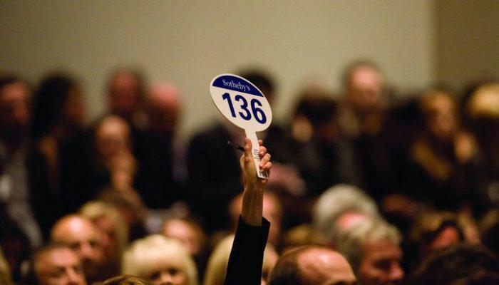 海外オークションに山崎55年を出品するべきか
